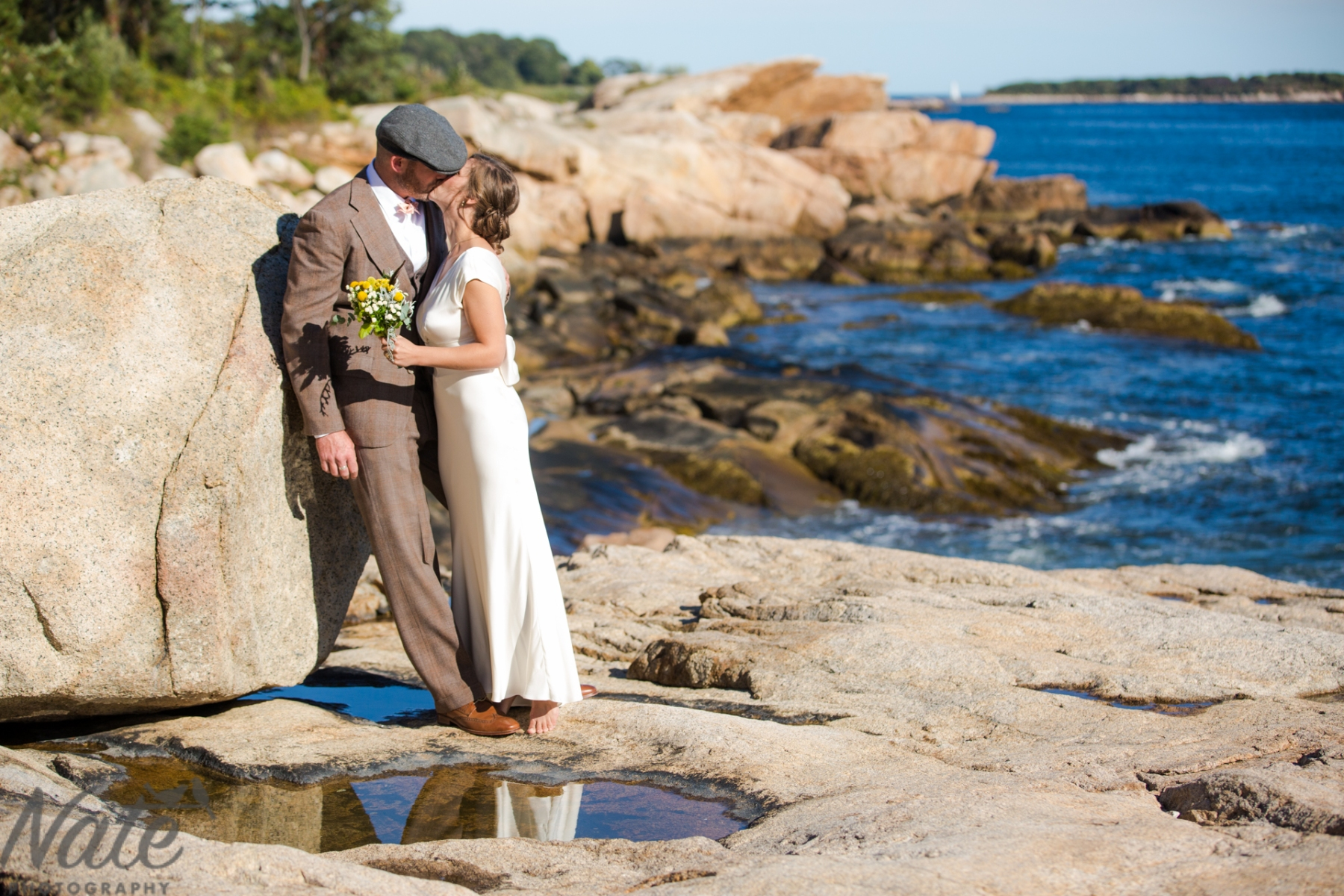 Kate and Eliot are married at the Stone House at Sharksmouth in Manchester-by-the-Sea. Photos by Nate Photography